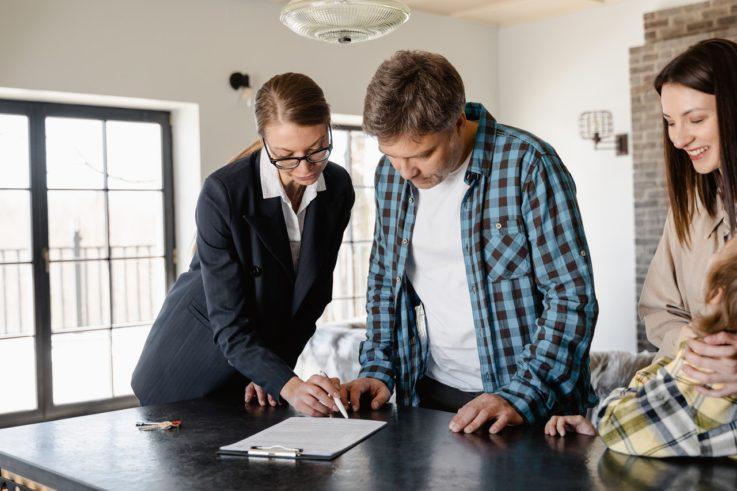 Как купить комнату в квартире: порядок действий